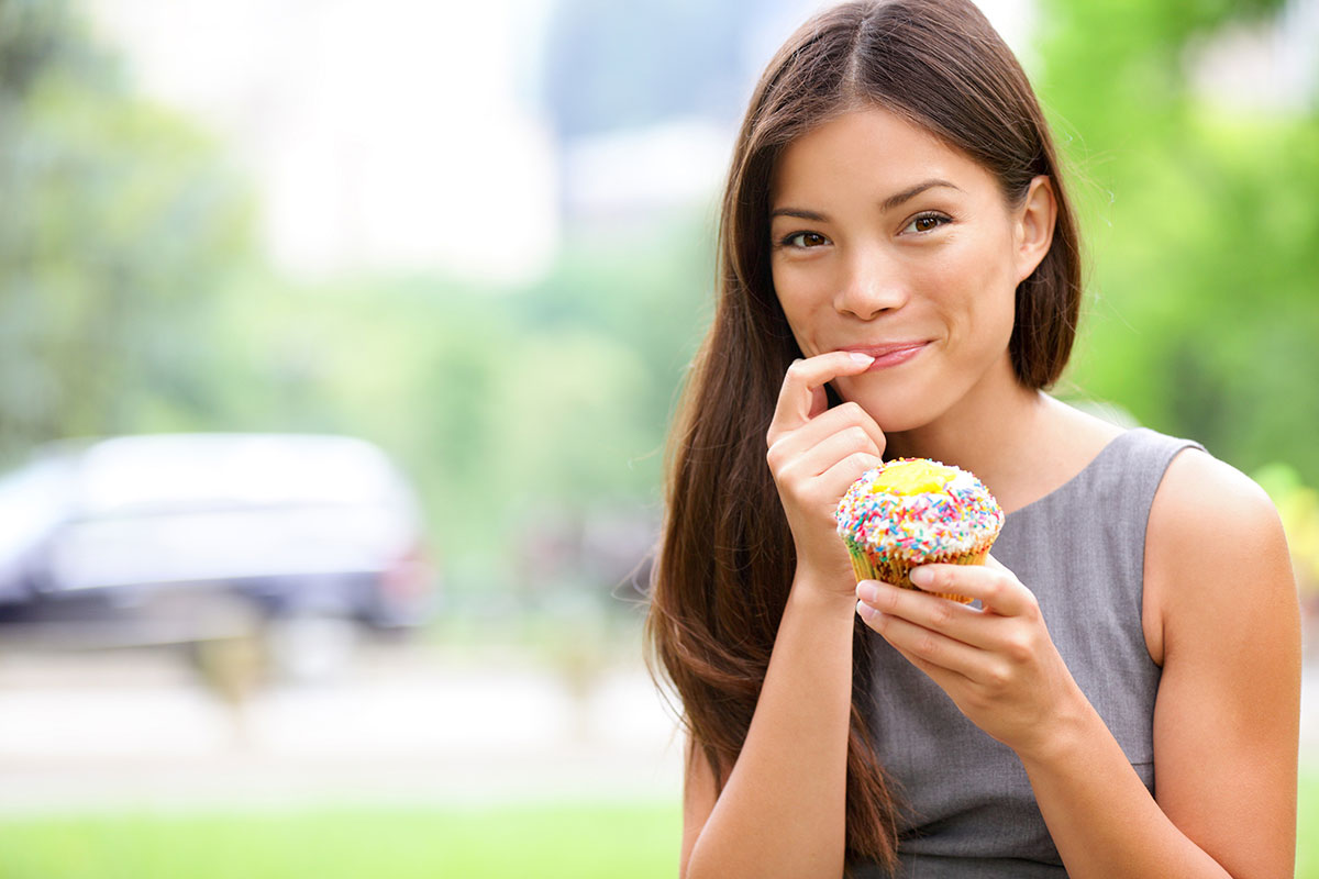 Can you eat cupcakes and still be slim & healthy?